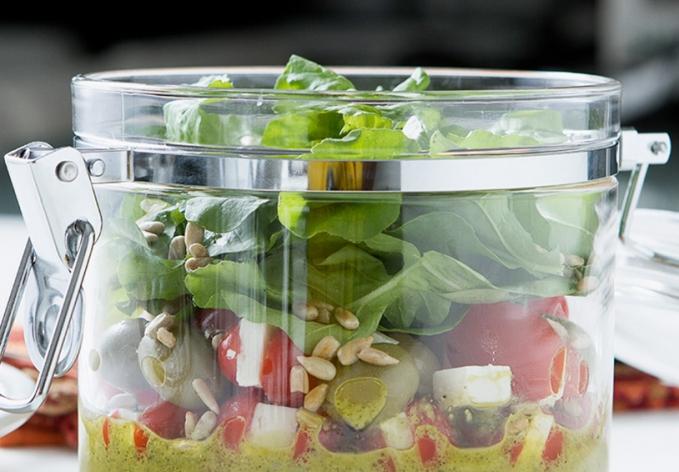 Salada Caprese no Pote
